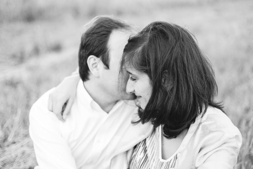 photographe-mariage-lyon-lenagphotography-seance-engagement-champetre-golden-hour (40)
