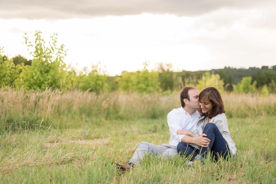 photographe-mariage-lyon-lenagphotography-seance-engagement-champetre-golden-hour-38
