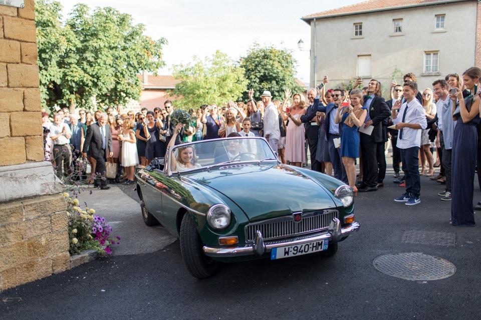 photographe-mariage-lyon-chateau-de-la-bourdeliere-hortensias-524