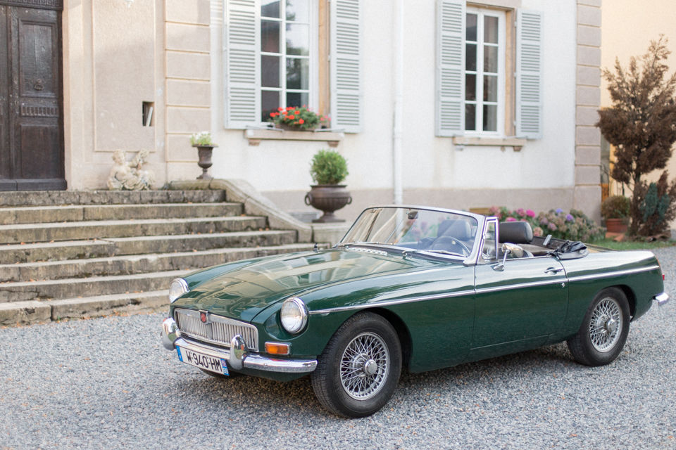 photographe-mariage-lyon-chateau-de-la-bourdeliere-hortensias-530