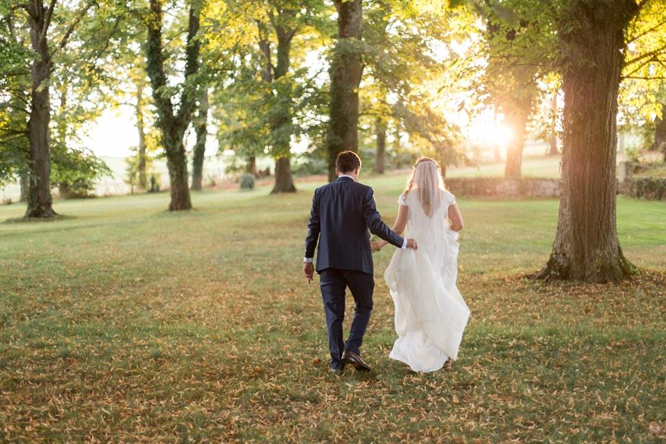 photographe-mariage-lyon-chateau-de-la-bourdeliere-hortensias-725