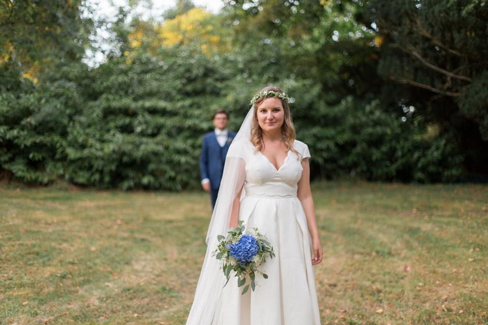 photographe-mariage-lyon-chateau-de-la-bourdeliere-hortensias-736