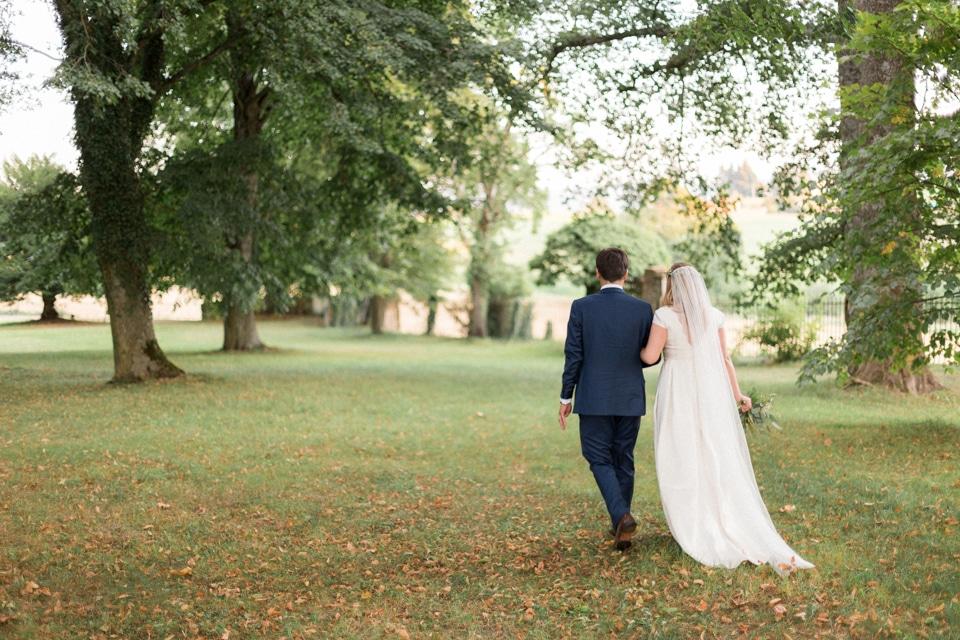 photographe-mariage-lyon-chateau-de-la-bourdeliere-hortensias-759