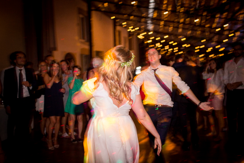 photographe-mariage-lyon-chateau-de-la-bourdeliere-hortensias-851