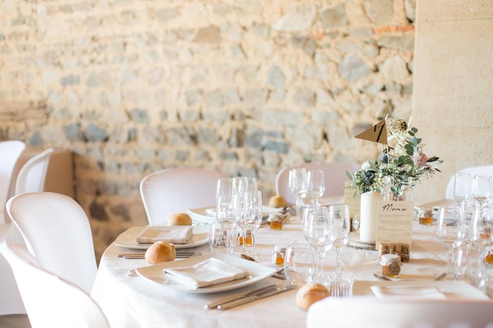 déco de table mariage au domaine de vavril beaujolais
