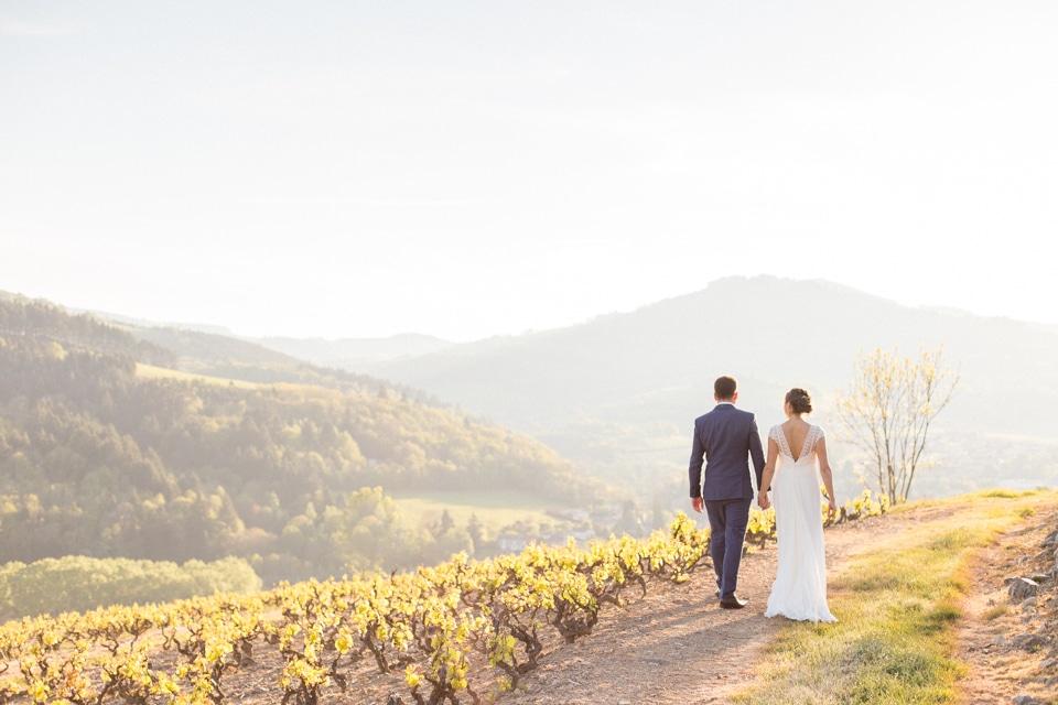 séance couple de mariage golden hour domaine de vavril