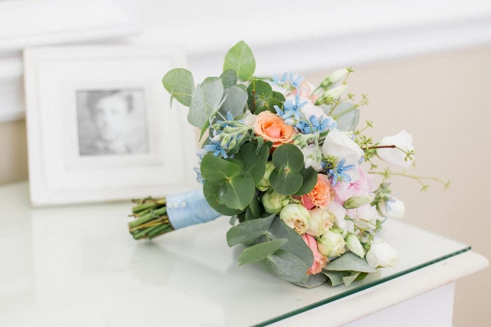 bouquet de la mariée dans sa suite de la villa mauresque