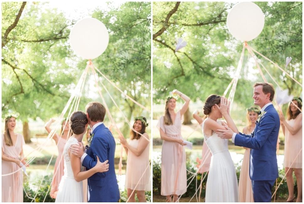 cérémonie de mariage sous les arbres en bourgogne