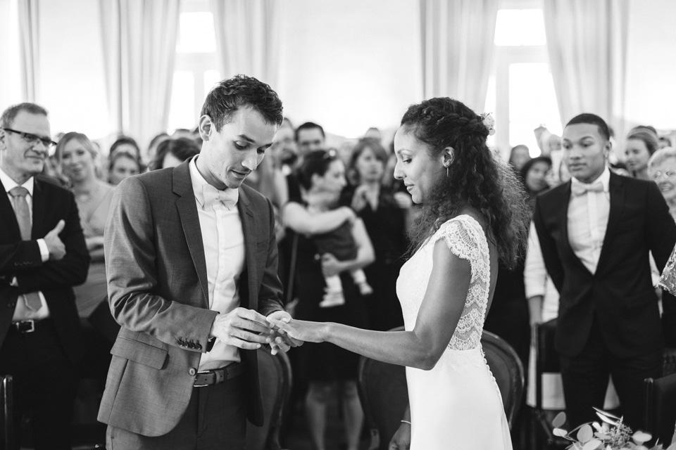 photo de mariage en noir et blanc à grignan