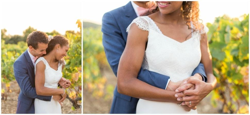 photographie de couple de mariage dans les vignes dans la drome