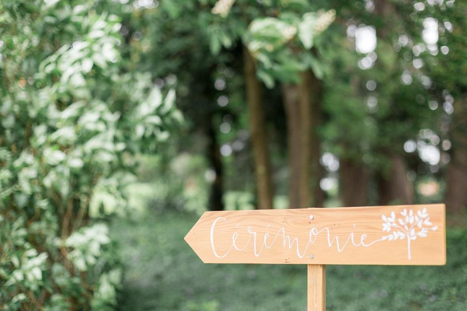 panneau calligraphié mariage au chateau des ravatys