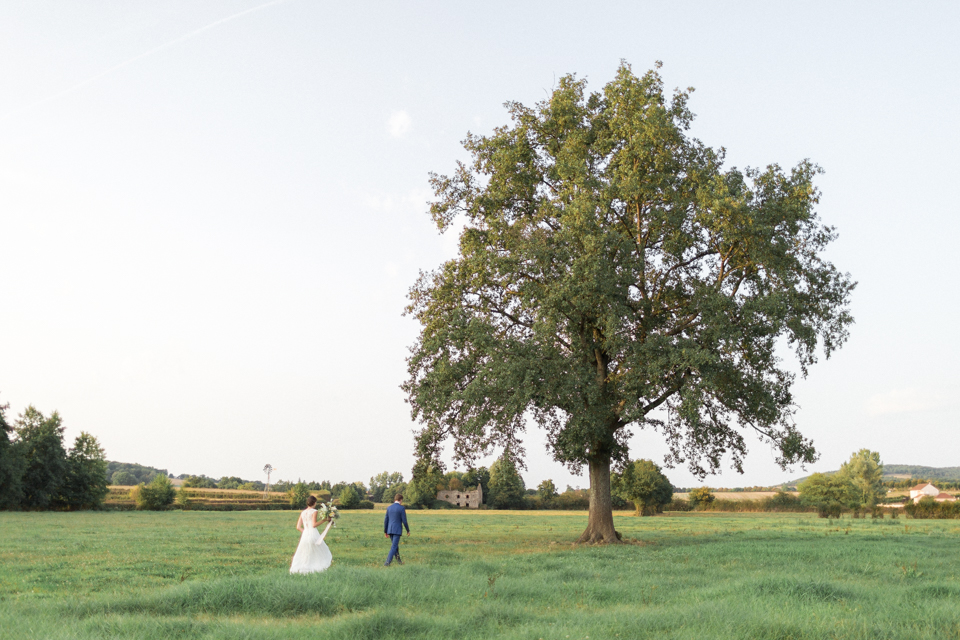 séance photo de couple des mariés en bourgogne