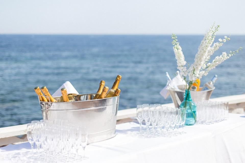 cocktail de mariage avec vue sur mer à la villa mauresque