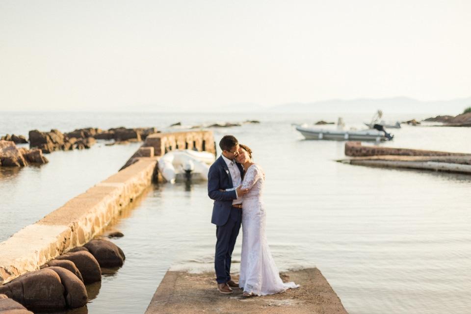les mariés en bord de mer à la villa mauresque