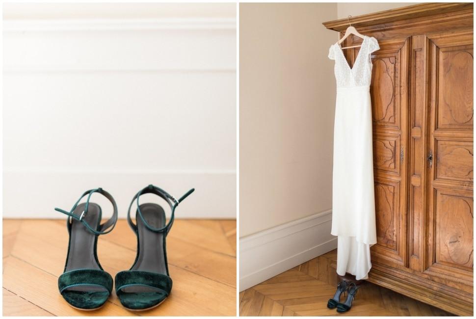 chaussures et robe de la mariée pendant les préparatifs à la maison prosper maufoux