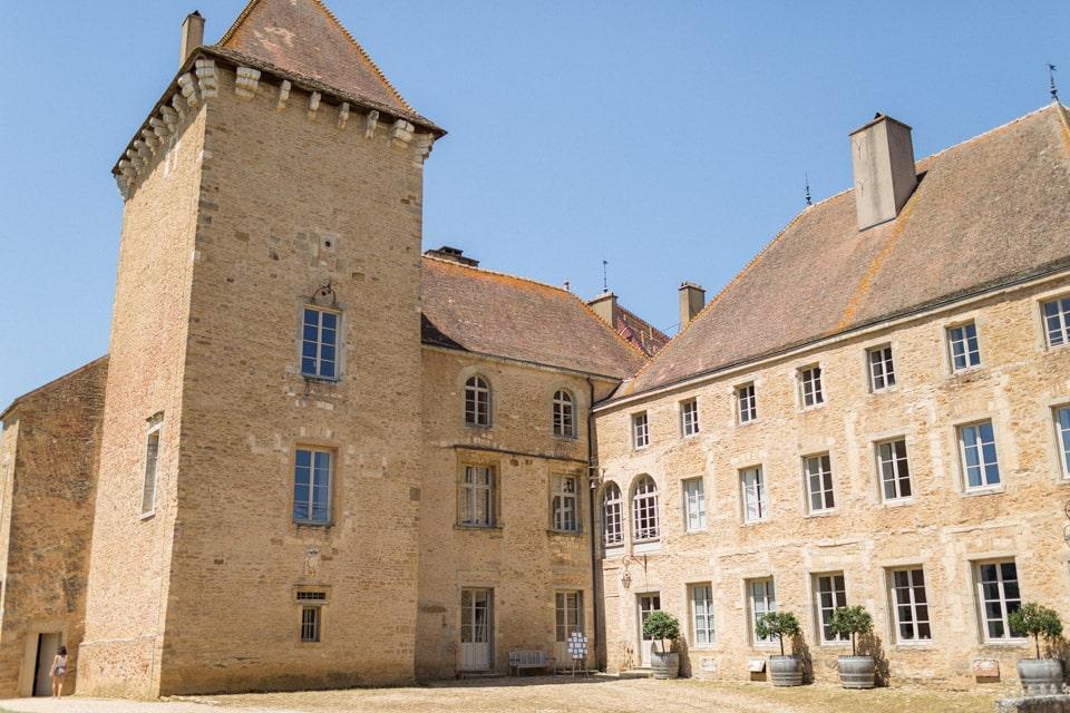 le magnifique chateau de pierreclos