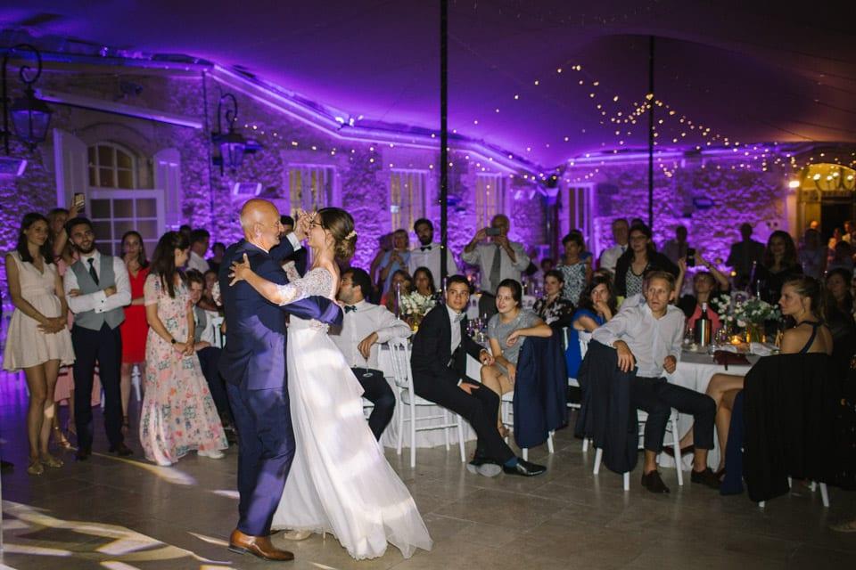 danse pere fille soirée mariage au chateau de chapeau cornu