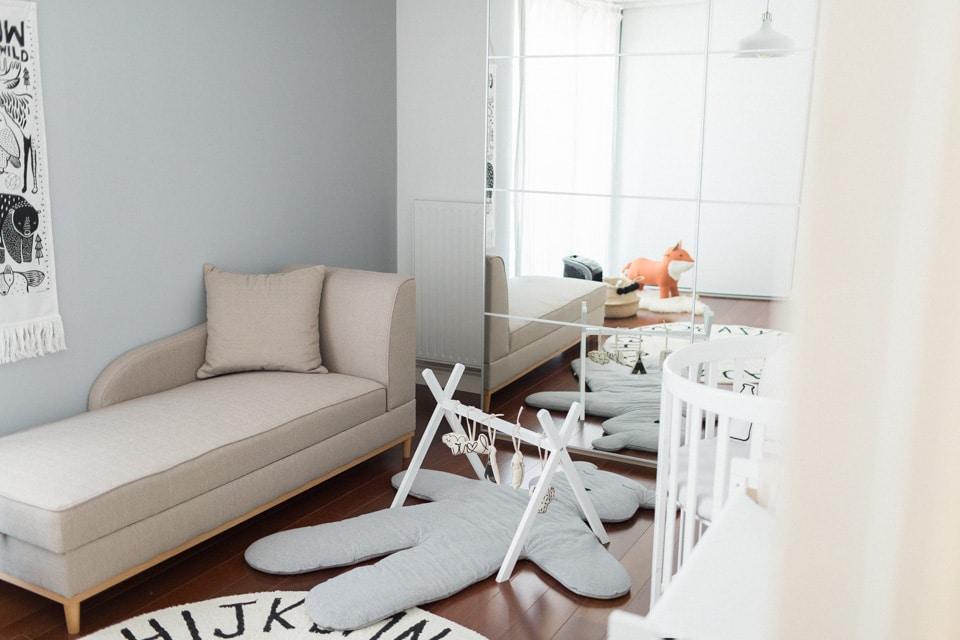photo de la décoration de la chambre du bébé