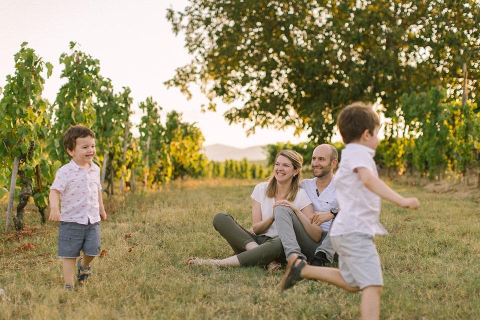 seance photo de famille a la golden hours a lyon