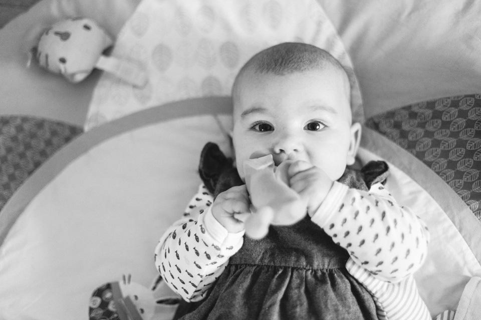 séance photo bébé lifestyle à domicile à lyon