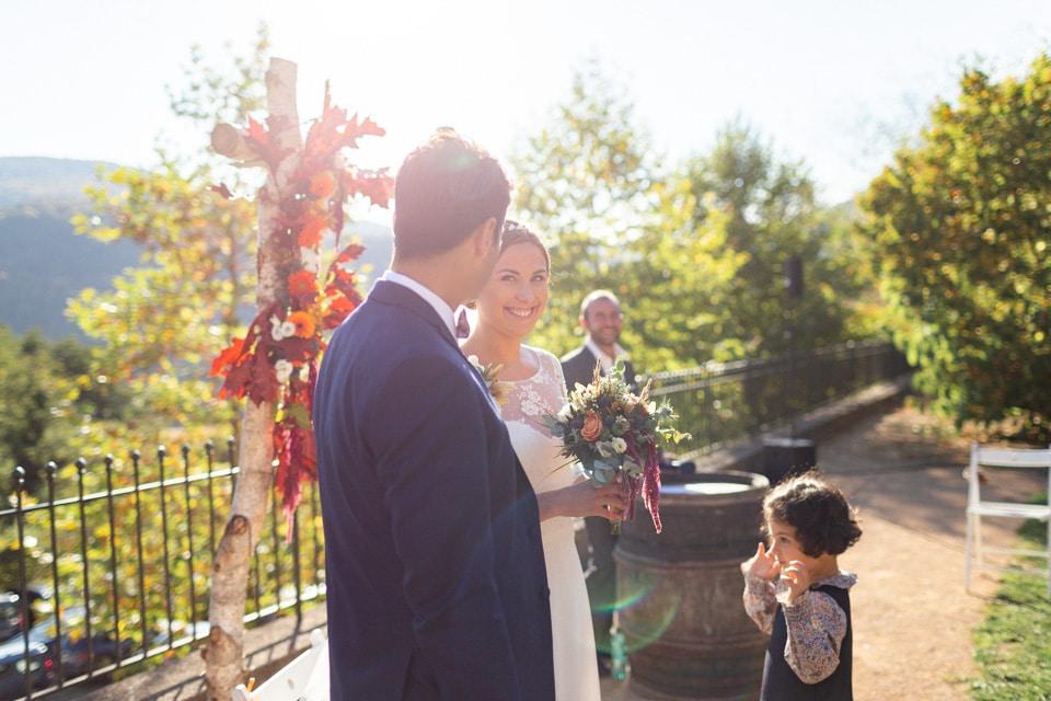 cérémonie laïque au domaine de vavril en automne