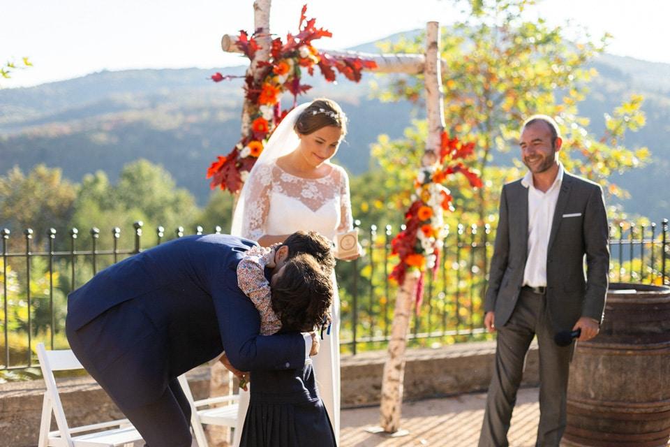 cérémonie de mariage au domaine de vavril en automne