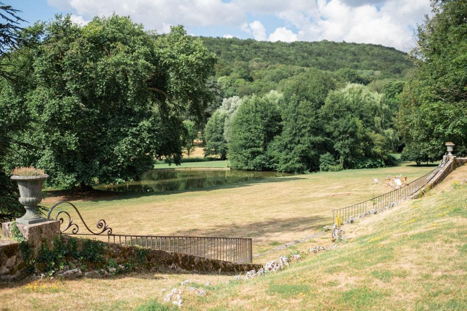 le parc du chateau de barbirey en bourgogne