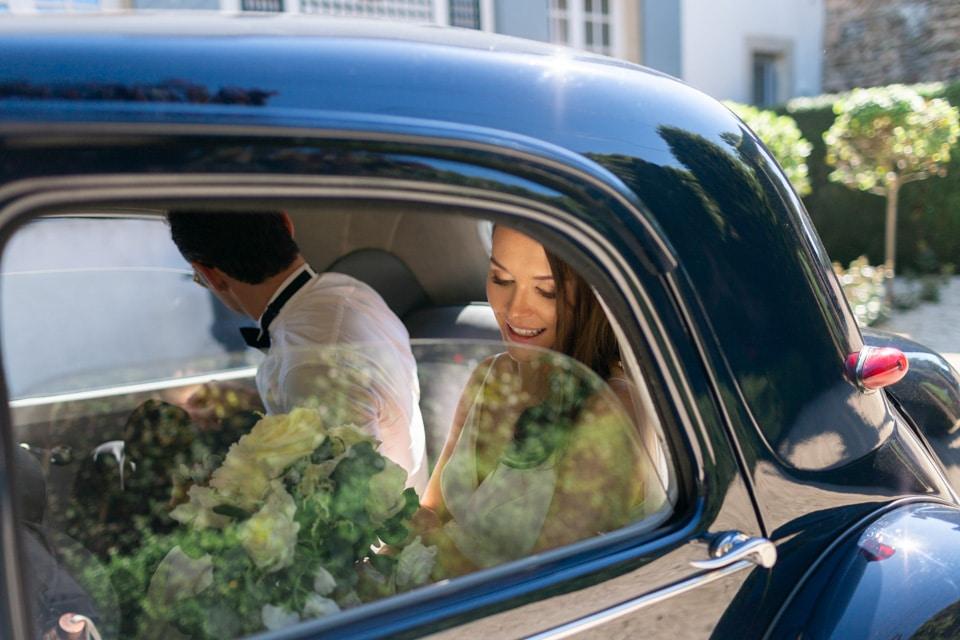 arrivée des mariés au domaine