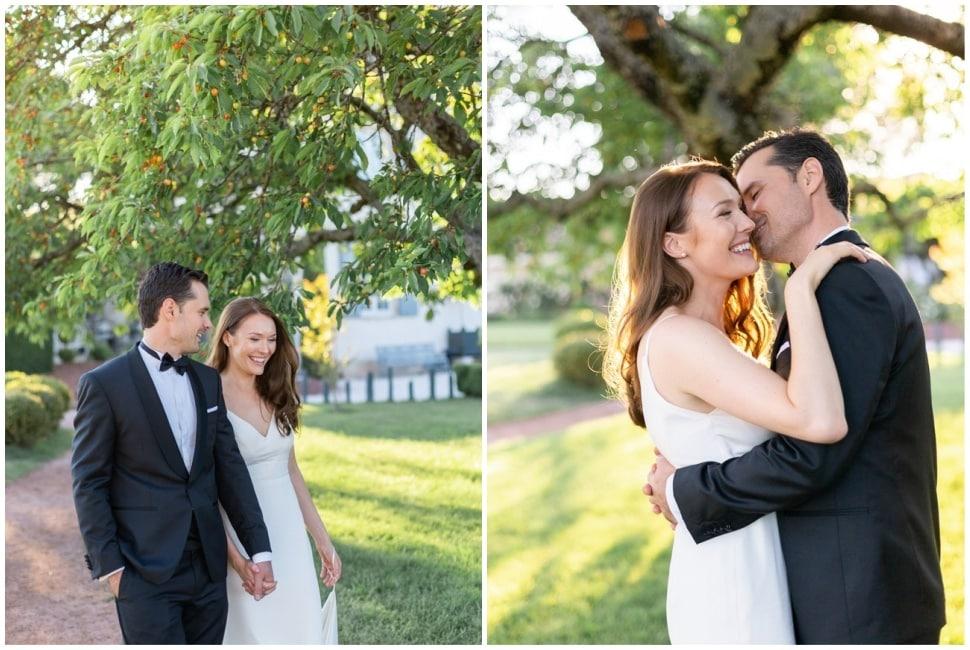les mariés au coucher du soleil sous un arbres du domaine dans le beaujolais
