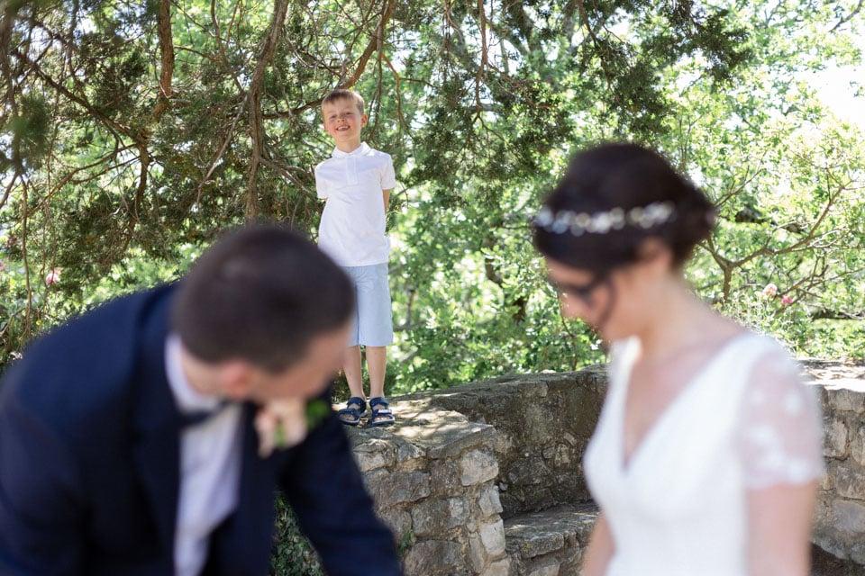 photos de famile après la cérémonie de mariage