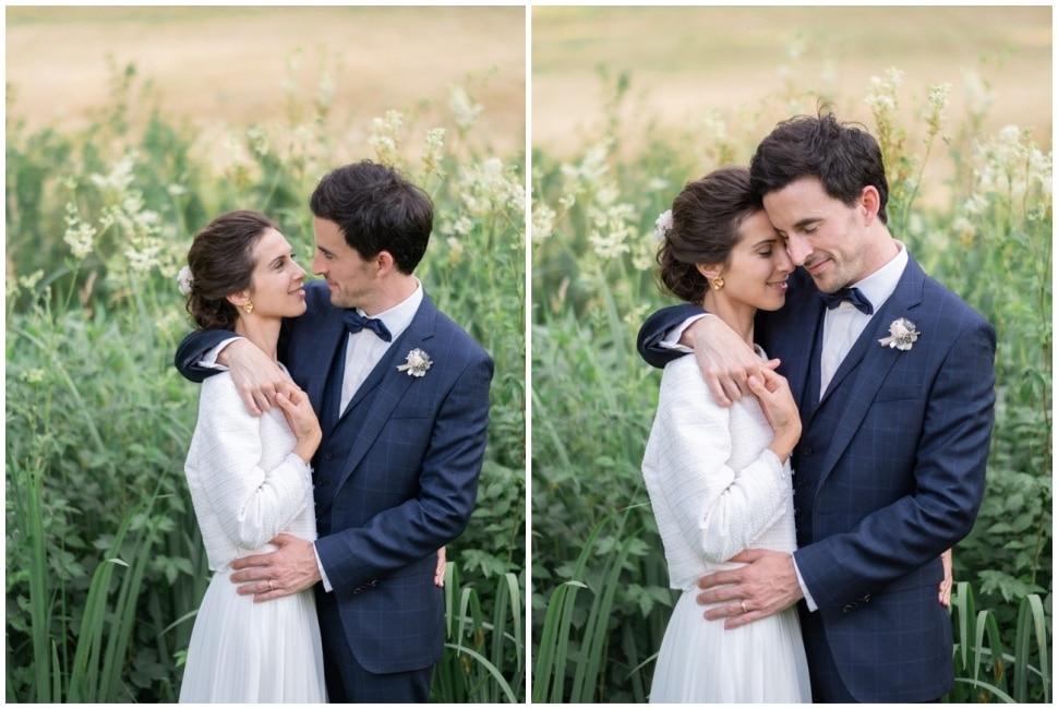 photo de couple des mariés dans le parc du chateau de barbirey