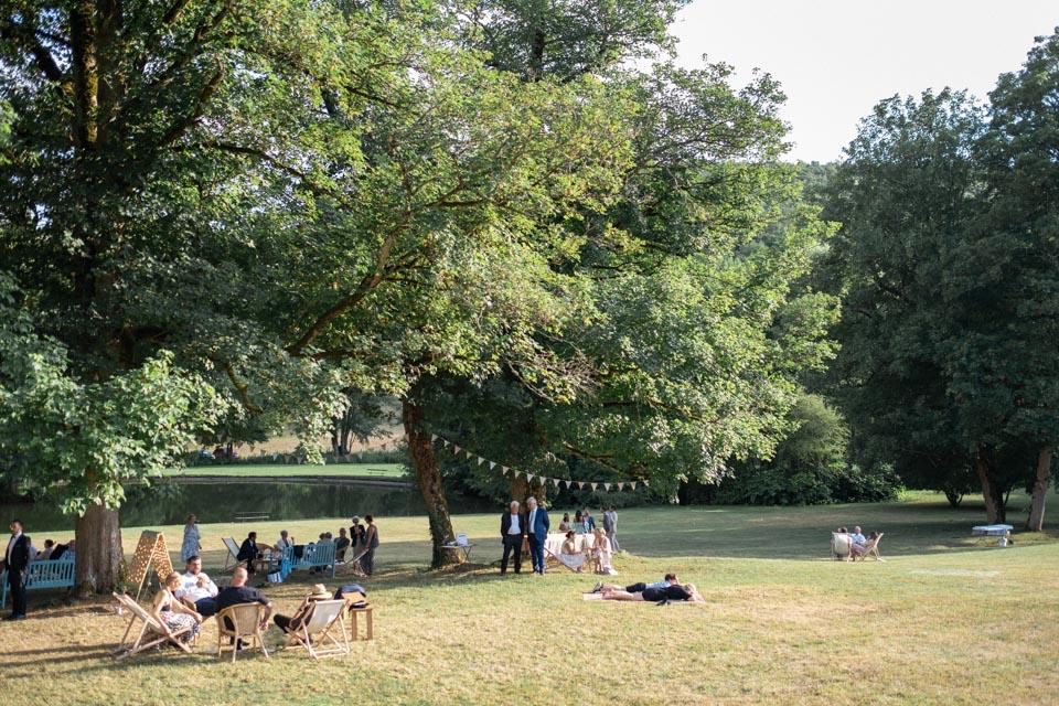 cocktail mariage dans les jardins du chateau de barbirey