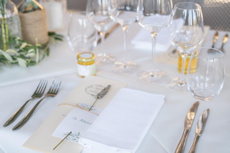jolie décoration de mariage dans la drome provencale