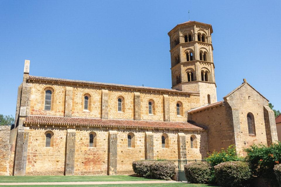 prieuré d'anzy le duc en bourgogne